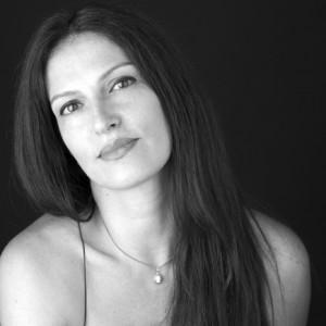 Cláudia Clemente, A casa azul, Planeta, Entrevista