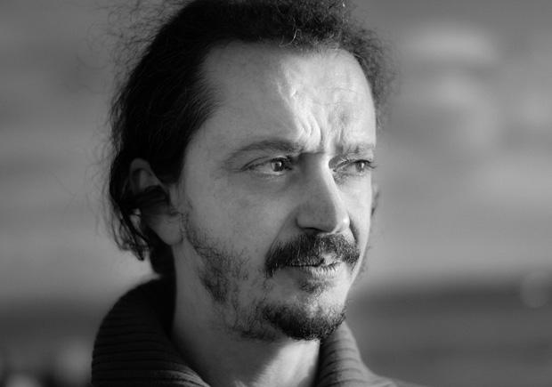 Valério Romão, Vitorino Coragem