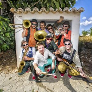 Bons Sons, Bons Sons 2016, Kumpania Algazarra,Rádio Grafia Bons Sons 2016,Rádio Grafia Bons Sons, Deus Me Livro