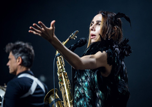 Deus Me Livro, PJ Harvey, Everything is New, Concerto,