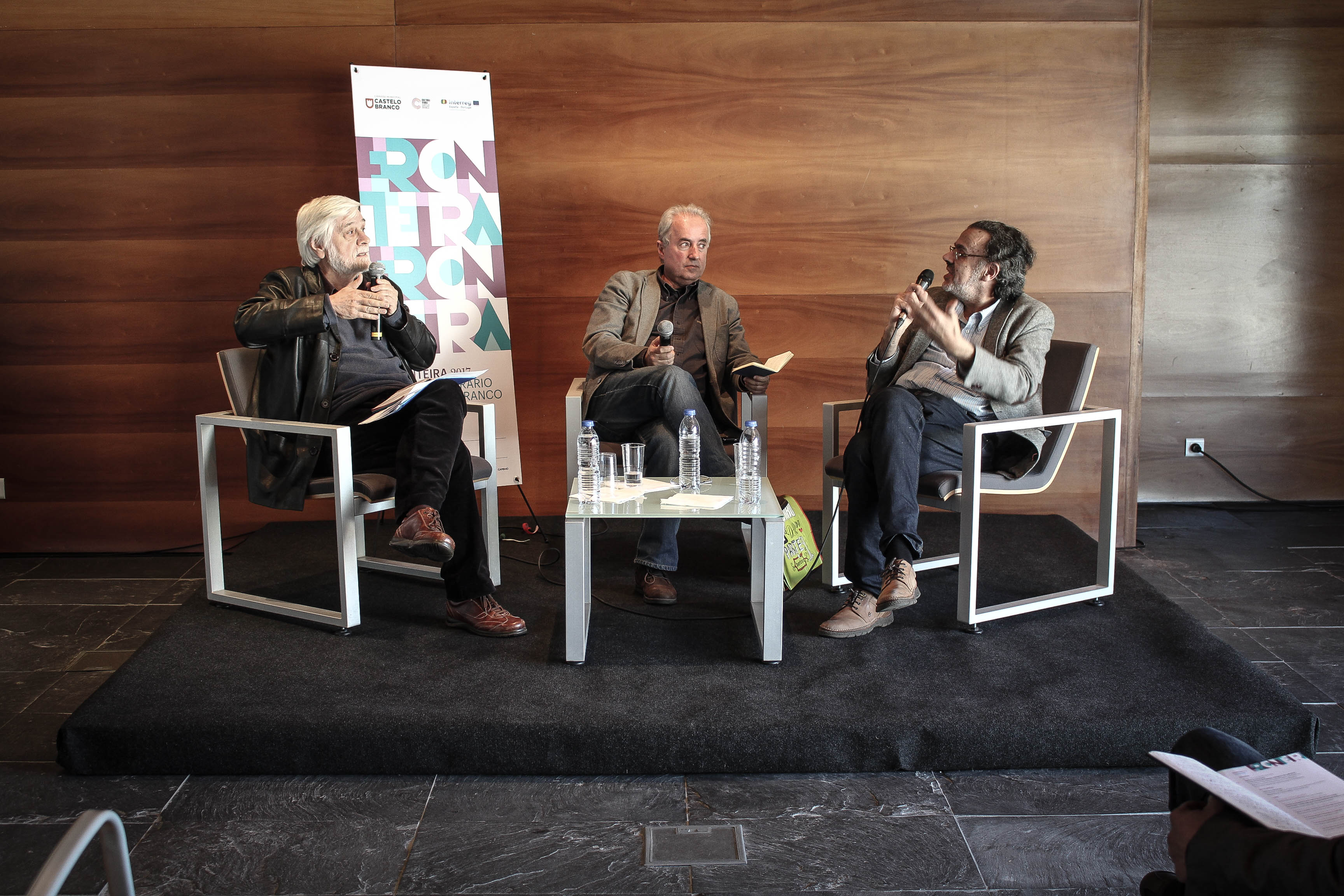 Fronteira - Festival Literário de Castelo Branco, Deus Me Livro