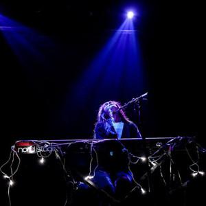 Johanna Glaza, Musicbox, Deus Me Livro, Música em DX