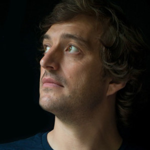 Gareth Dickson, Avenida Café-Concerto, Plano B, Sabotage, Concerto, Deus Me Livro